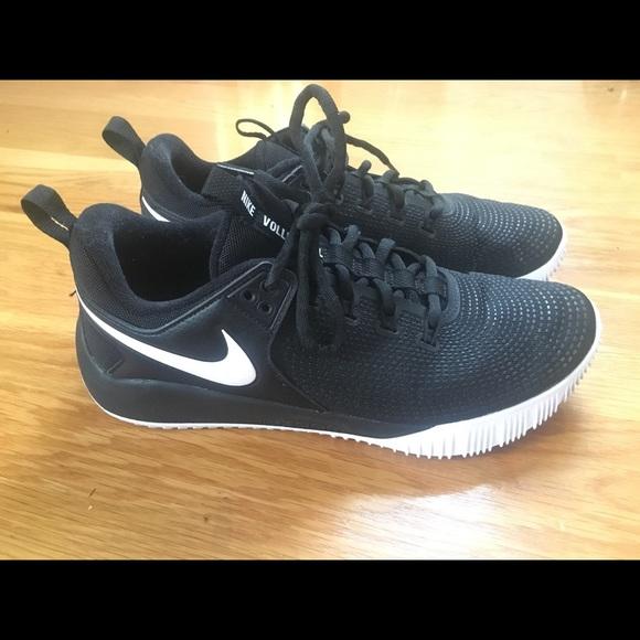c4e7dfa99eab3 Nike Zoom Hyperace 2 Women s Volleyball Shoe. M 5b8471e2e944ba77fabb0d01